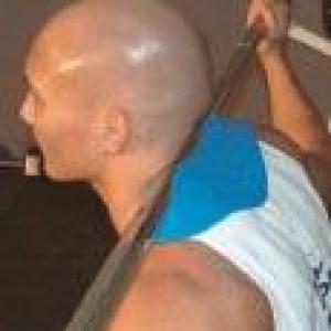 Manta Ray squat lifting device